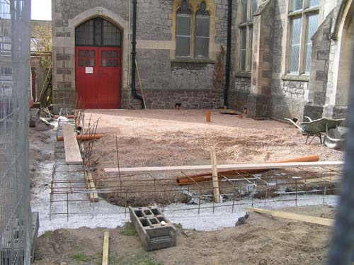 5/4 The concrete foundations and steelwork have been laid.